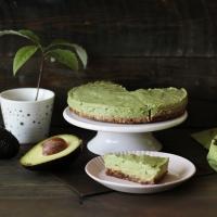 Svaigā avokado kūka (bezglutēna, vegāna)