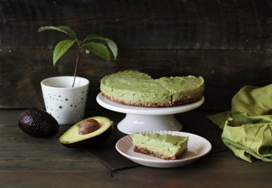 avocado raw cake